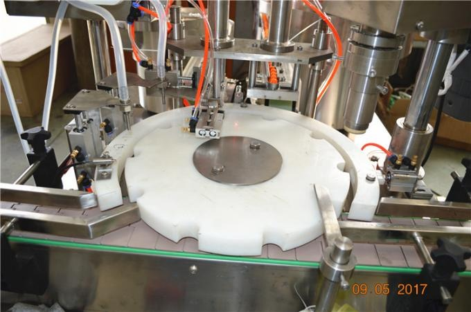 2 Heads Liquid Bottle Filling Machine 3