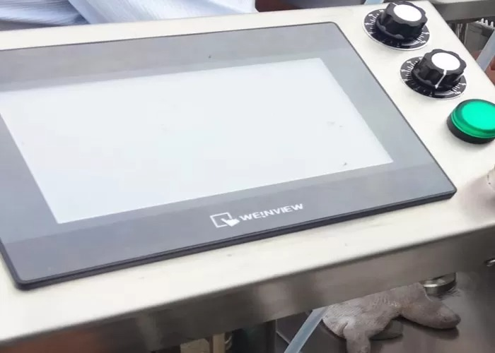 Electronic Liquid Filling Machine With Siemens Touch Screen Interface