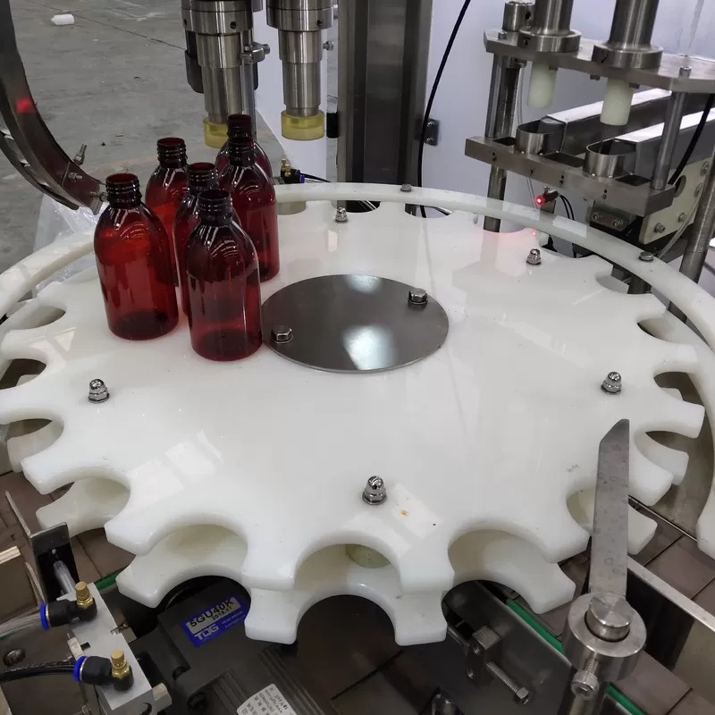 Siemens PLC Control Oil Bottle Filling Machine